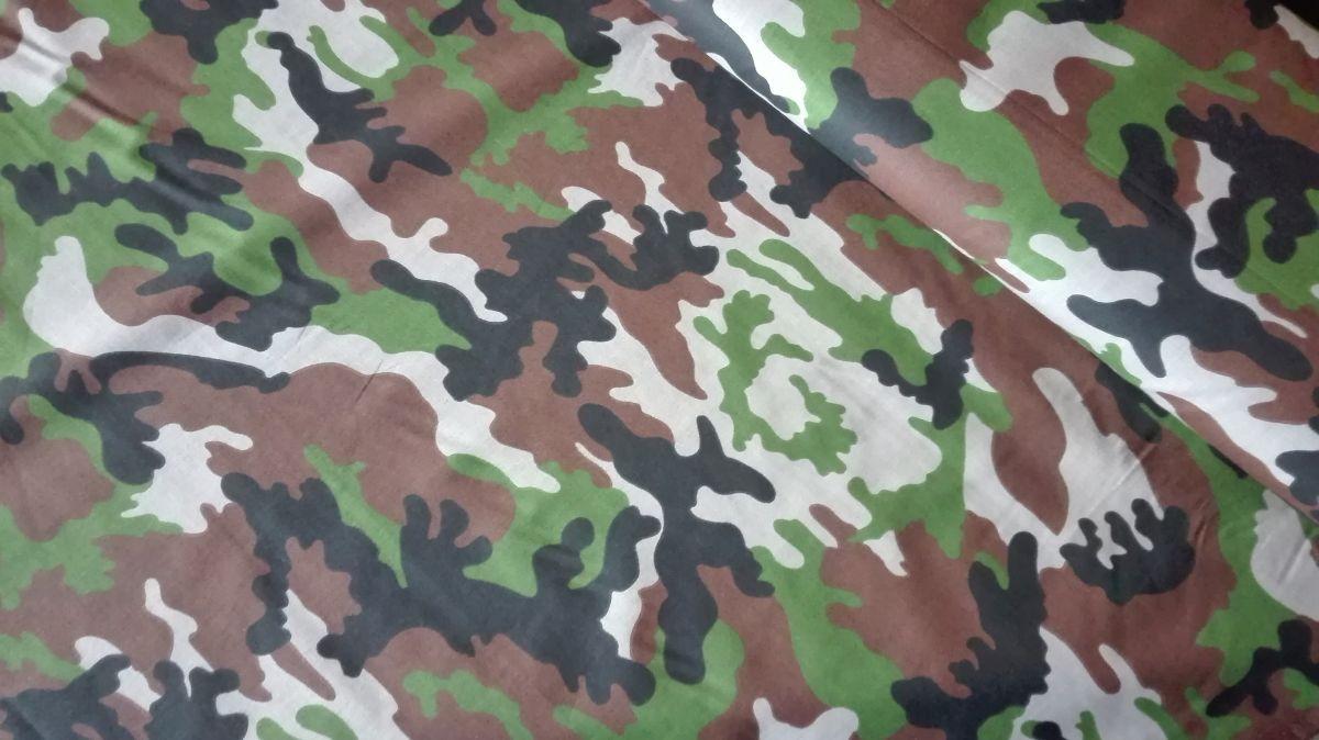 Plátno s potiskem maskáč army