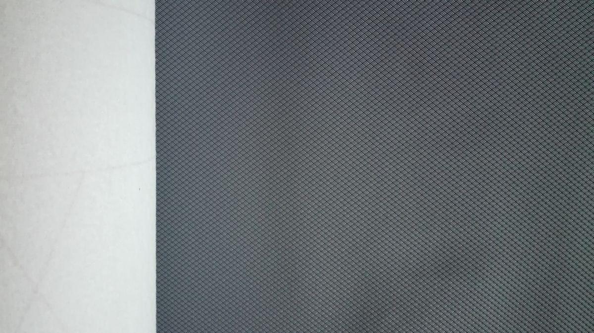 Koženka šedá s drobným vzorkem